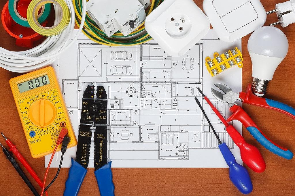 電気設備設計士とは?役立つ資格もご紹介!